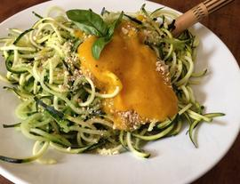 Zoodles - Zucchini Pasta - Super Fast and Raw