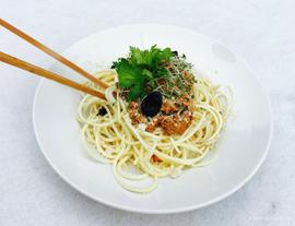 Parsnip Noodles with Sauce Bolognese